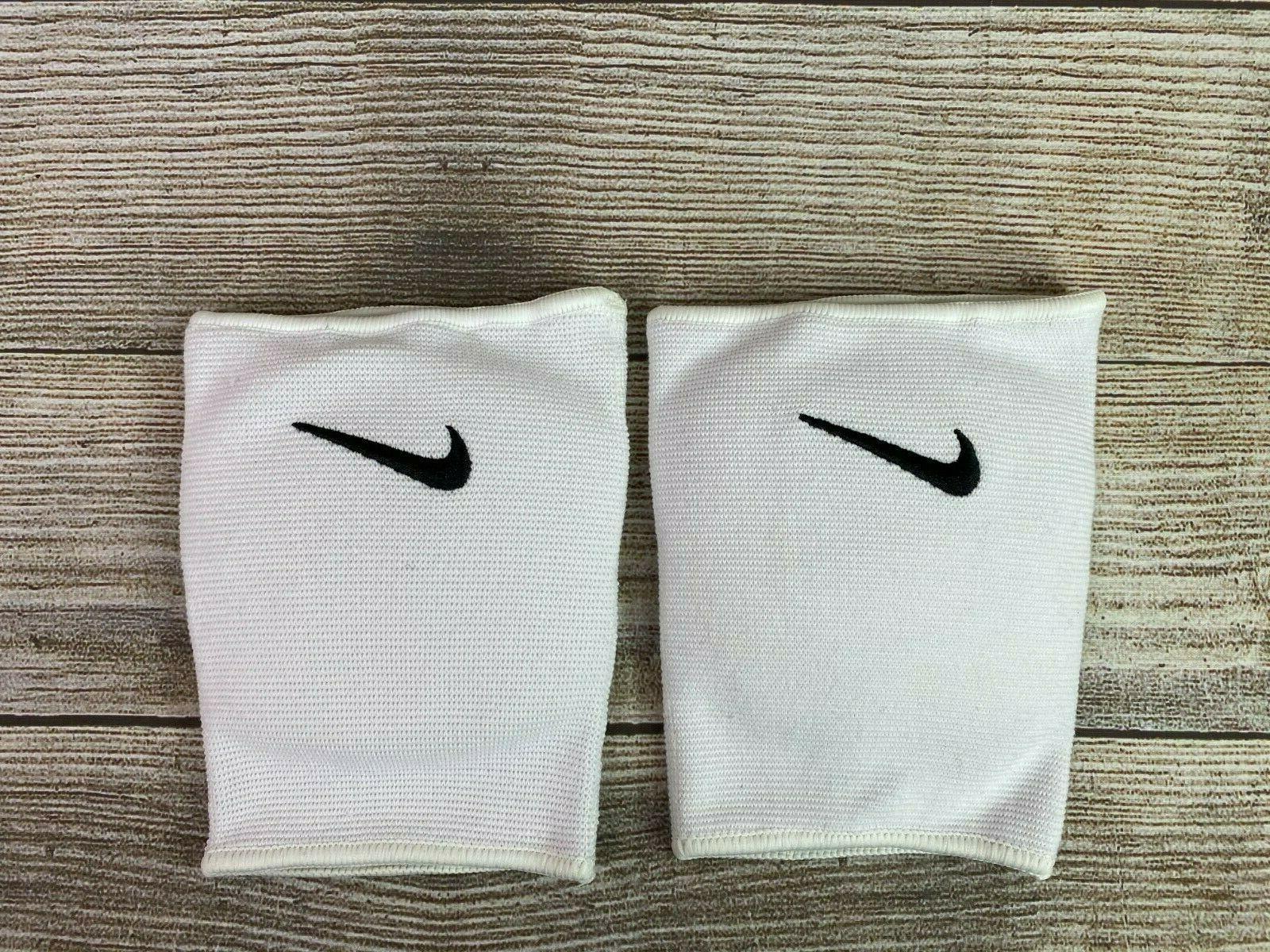Nike Medium/Large Volleyball Pads
