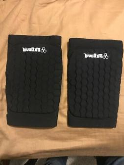 Large, Mcdavid 6440 Hex Knee Pads for Volleyball, Basketball