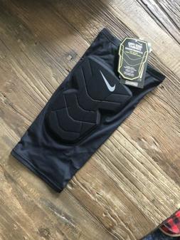 Nike pro Combat Hyperstrong Basketball Padded Knee Sleeve
